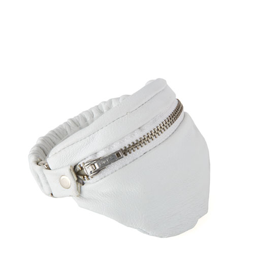 bb_10e_wrist_wallet_leather_white_small