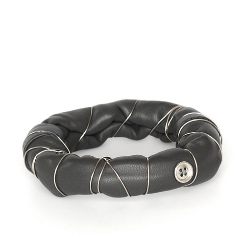 bb_3b_bangle_grey_leather_arm_accessory_small