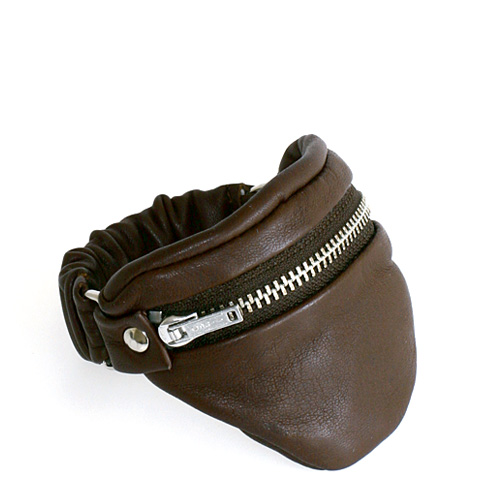 sg_06_wrist_wallet_leather_brown_small